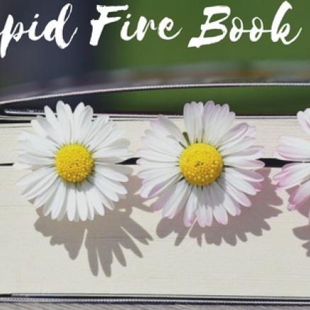 Rapid Fire Book Tag- Cu și despre cărți
