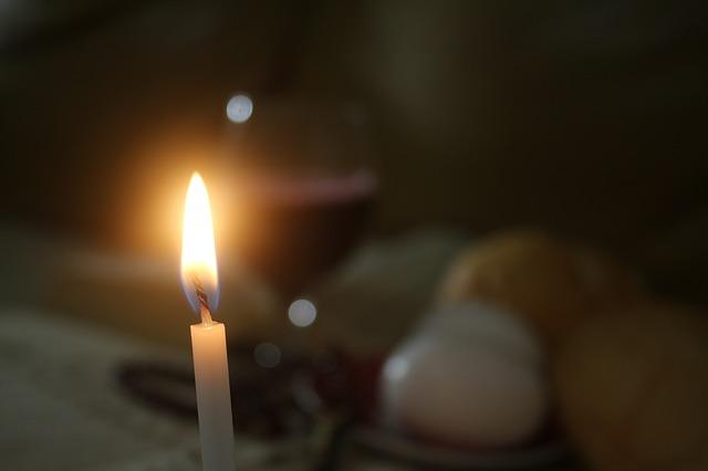 Veniți de luați lumină